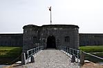 Brücke und Zugung in die Festungsanlage